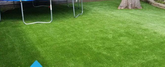 green, yard, kids, outdoors.